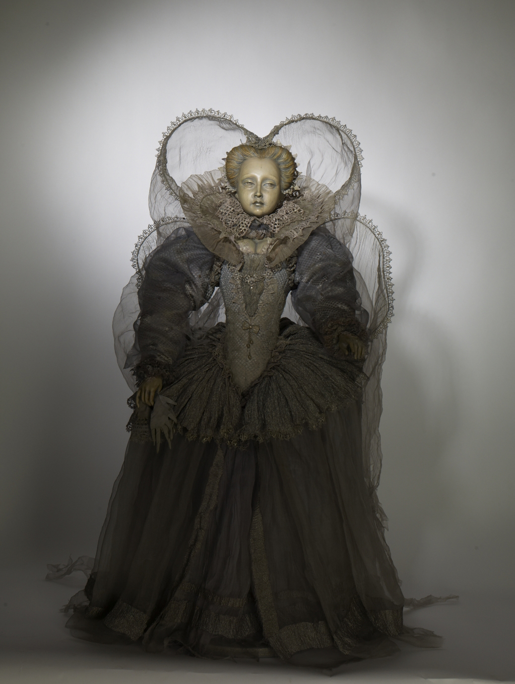 Ghostly Lady-1